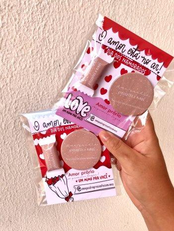 Card amor próprio +Espelho + Balinha com sua logo marca