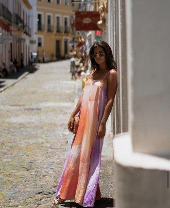 Vestido longo estampa aquarelada laranja/lilas Salgu